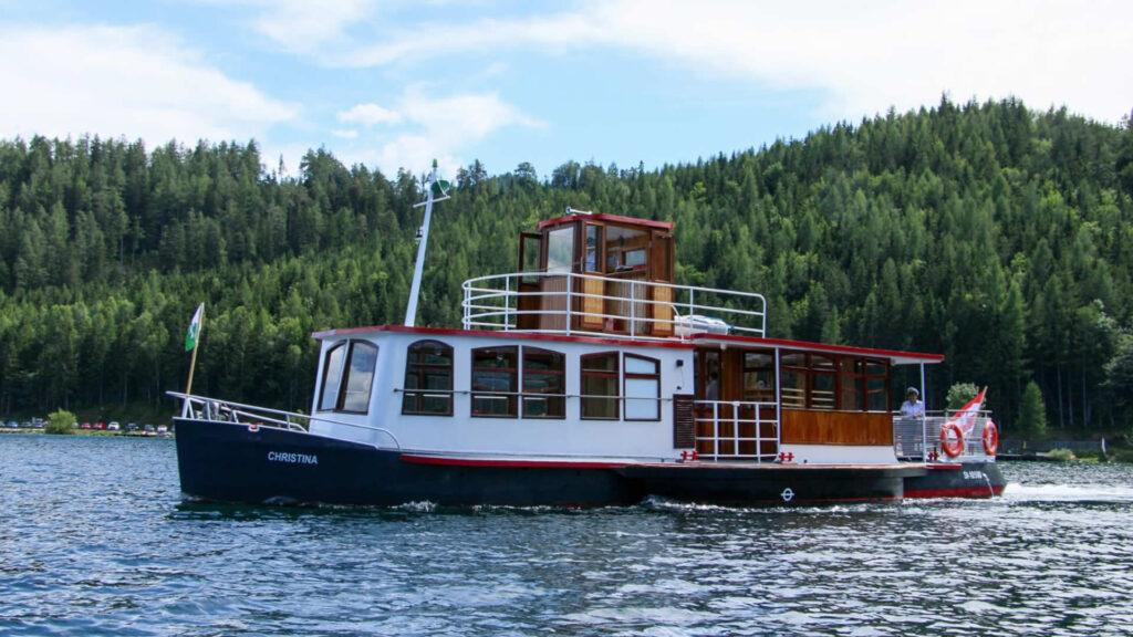 """Ausflugsschiff """"Christina"""" - Foto: Alfred Fleissner"""